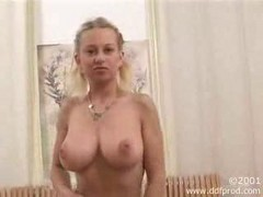 Riding, Orgasm, Sybian, Amateur orgasm
