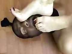 Slave, Slave lick feet in nylon of queen