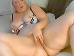 Mature shaved japanese solo
