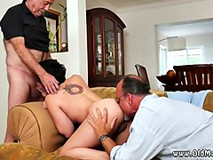 Dad gets ass fuck my cleans the cum out