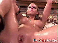 Bath, Squirt, She squirts in mouth