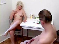 Desi indian mom fucked by her small son